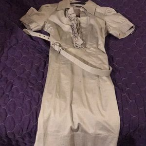 Tan short sleeved New York & Company Dress w/belt